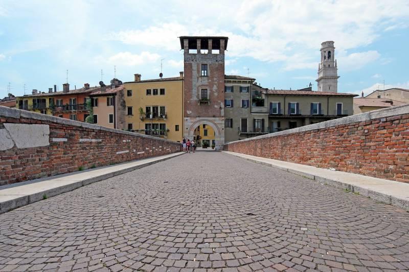La città di Verona   Segretariato regionale del Ministero ...